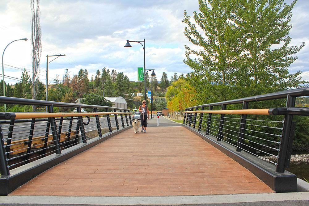 Gellatly Multiuse Trail 2 - CWK Image.jpg