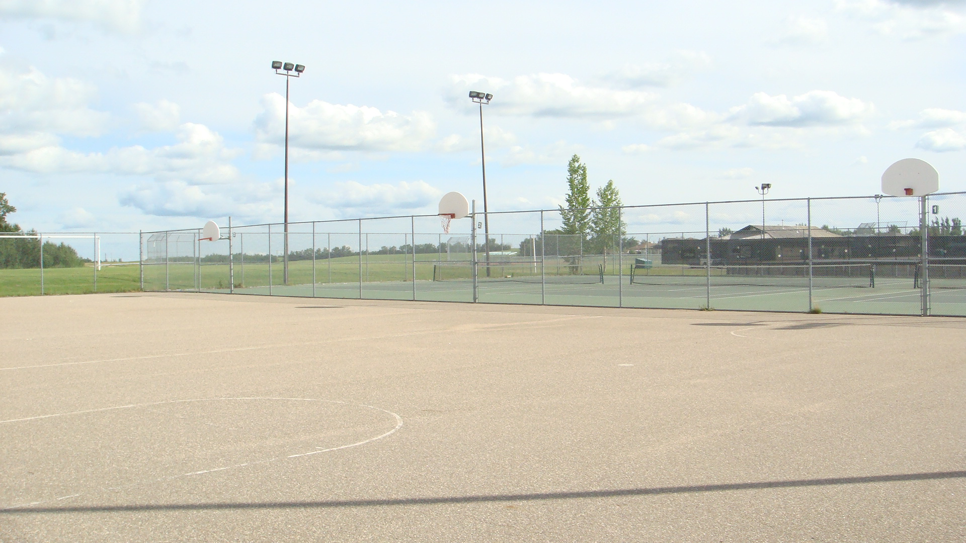 Crescent Acres basketball courts.jpg