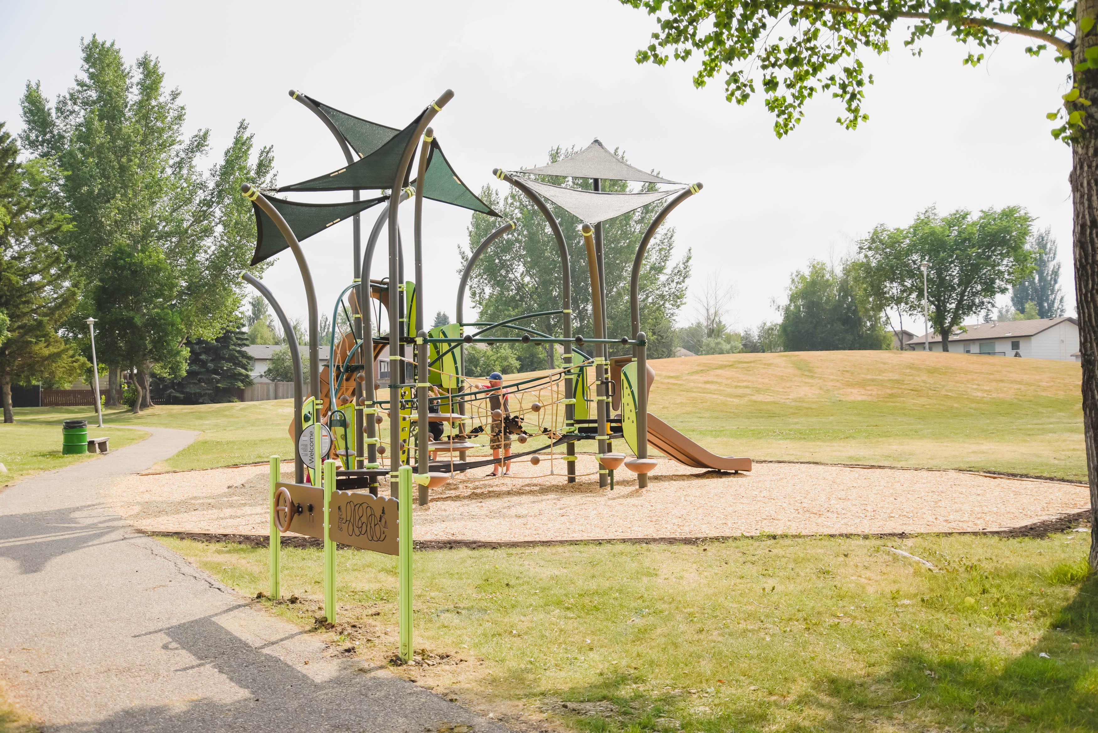2021_ACHoward_Park_Playground-1.jpg