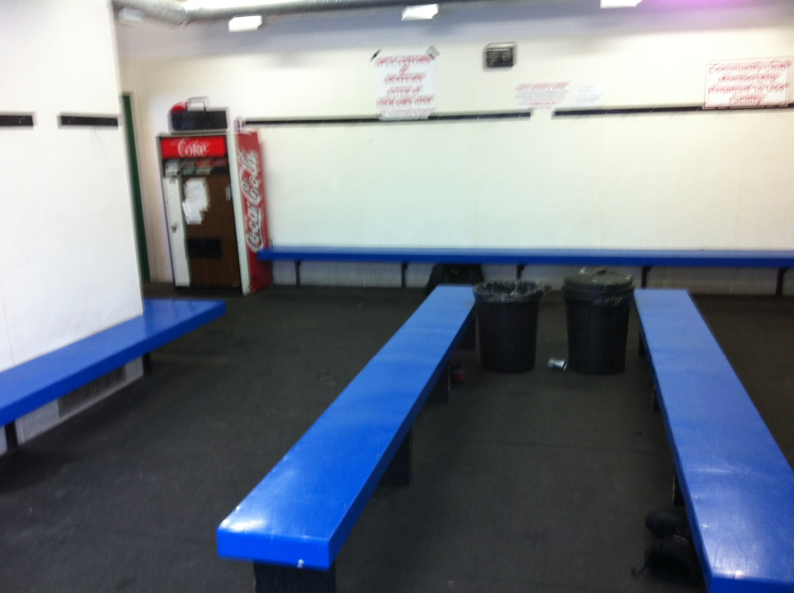 Cres Acres skate warmup room 5 2012.JPG