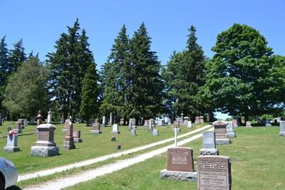 Arkona Cemetery.jpg